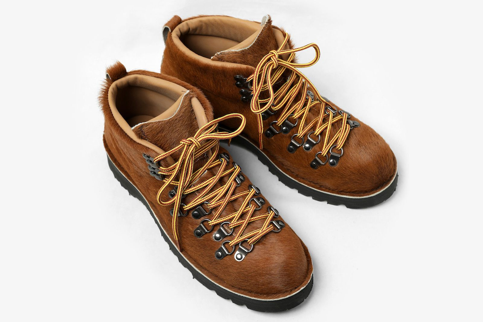 engineered-garments-danner-mountain-trail-fake-fur-008