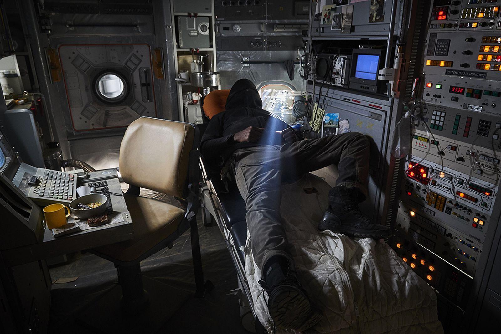 vollebak-deep-sleep-cocoon-08