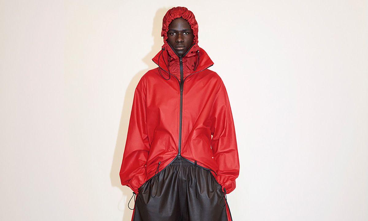 Daniel Lee Blends Tailoring & Streetwear for Bottega Veneta Pre-Fall 2020