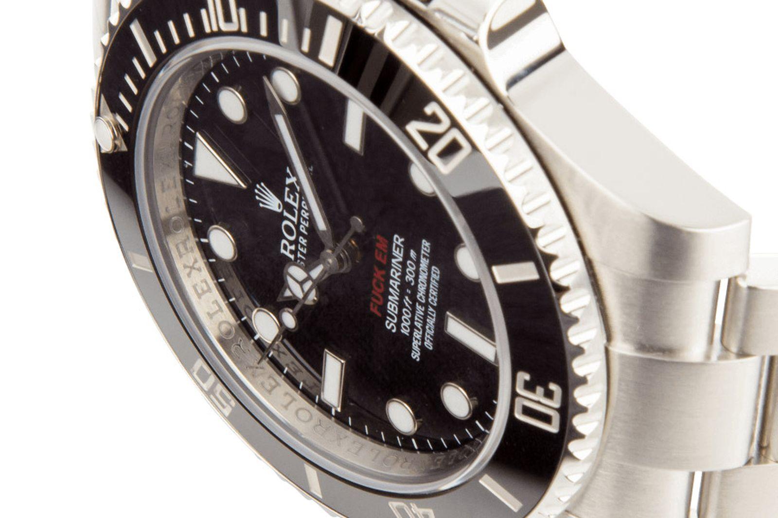 supreme-rolex-submariner-watch-03