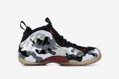 competitive price 3c18e 91dee Nike Air Foamposite: The Ultimate Guide to Foamposites