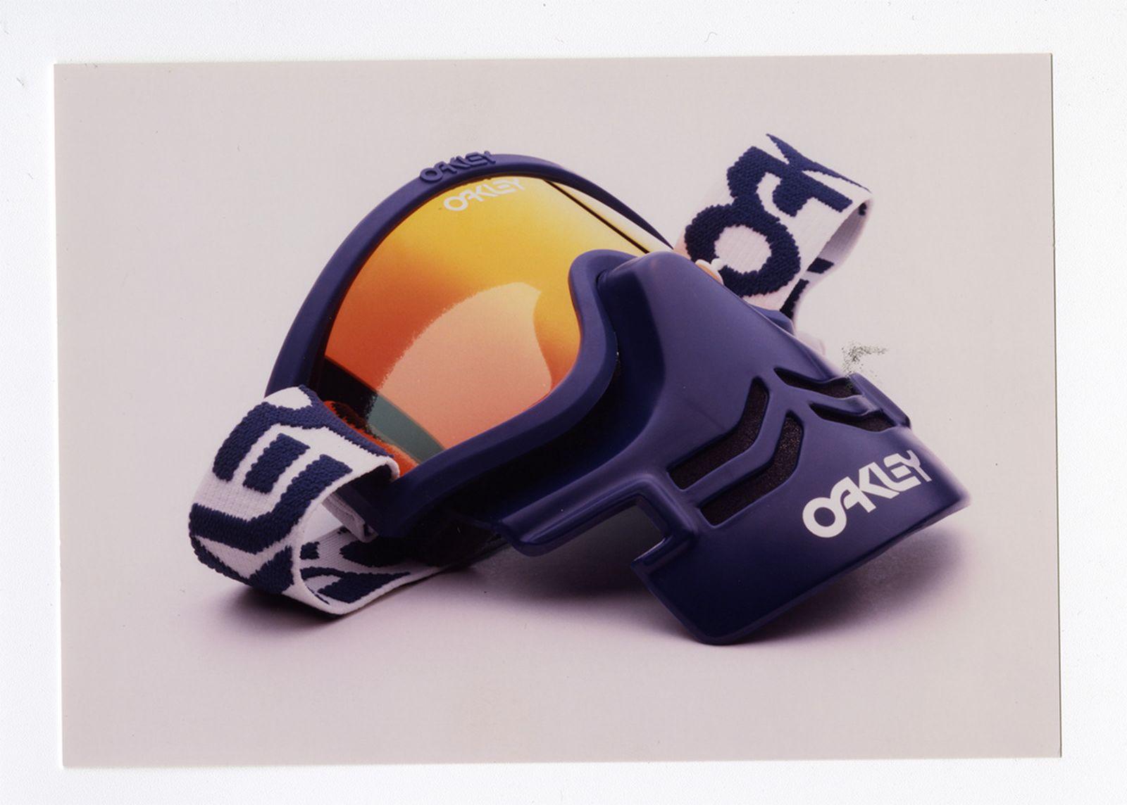 historique-clarté-oakleys-lens-tech-keeps-get-sharper-13