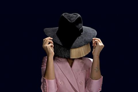 sia-naked-picture-leak-01