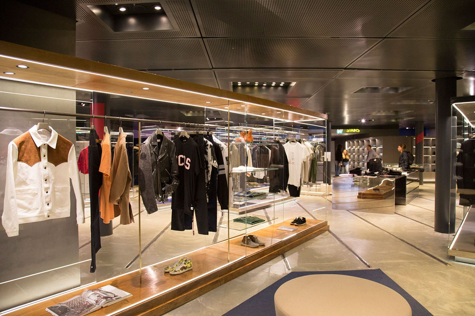 milan-shopping-guide-excelsior-2
