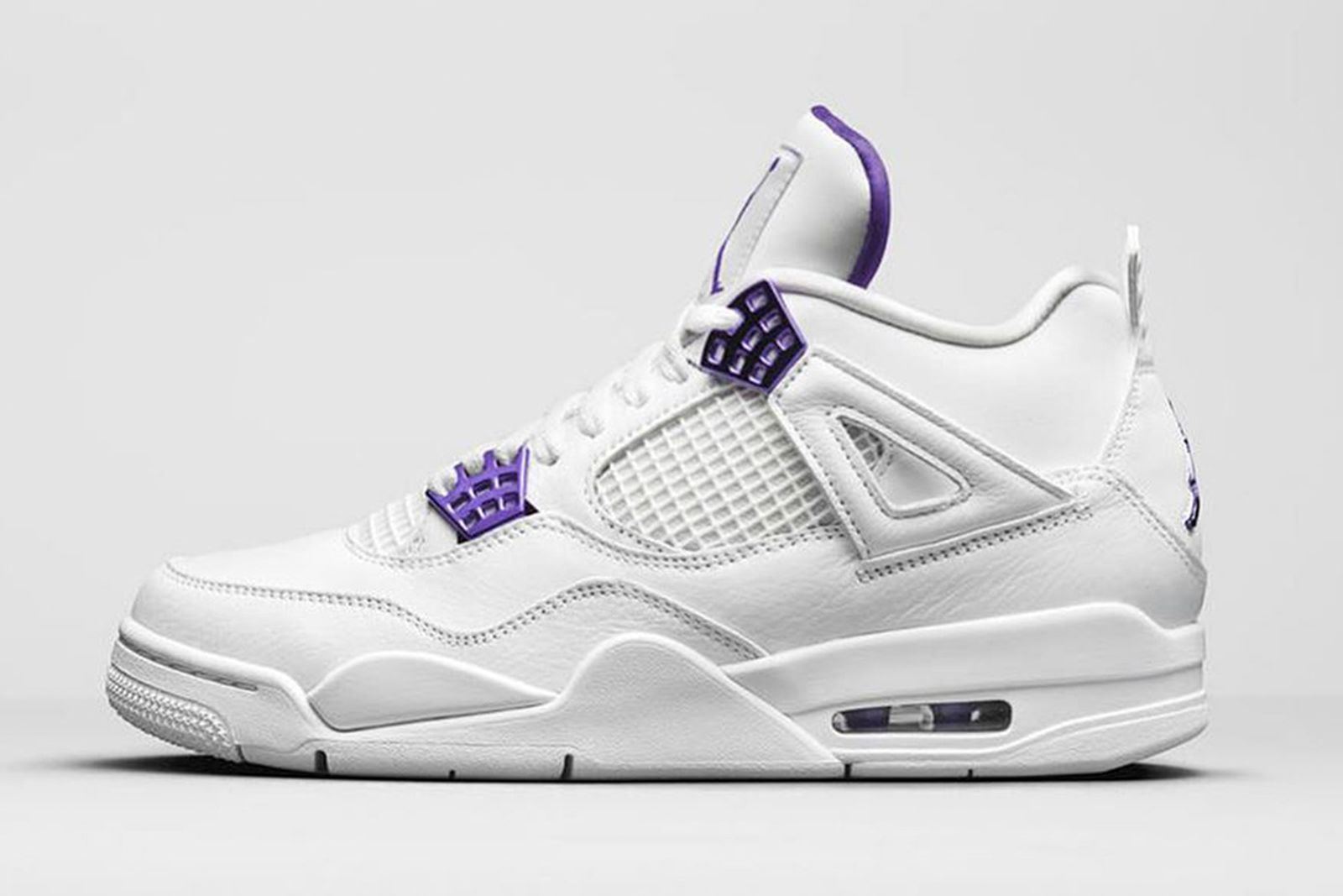 nike air jordan 4 metallic purple product shot