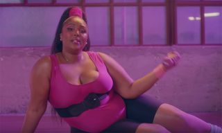 """Lizzo Kicks Off 2019 With Video for Infectious New Single """"Juice"""""""