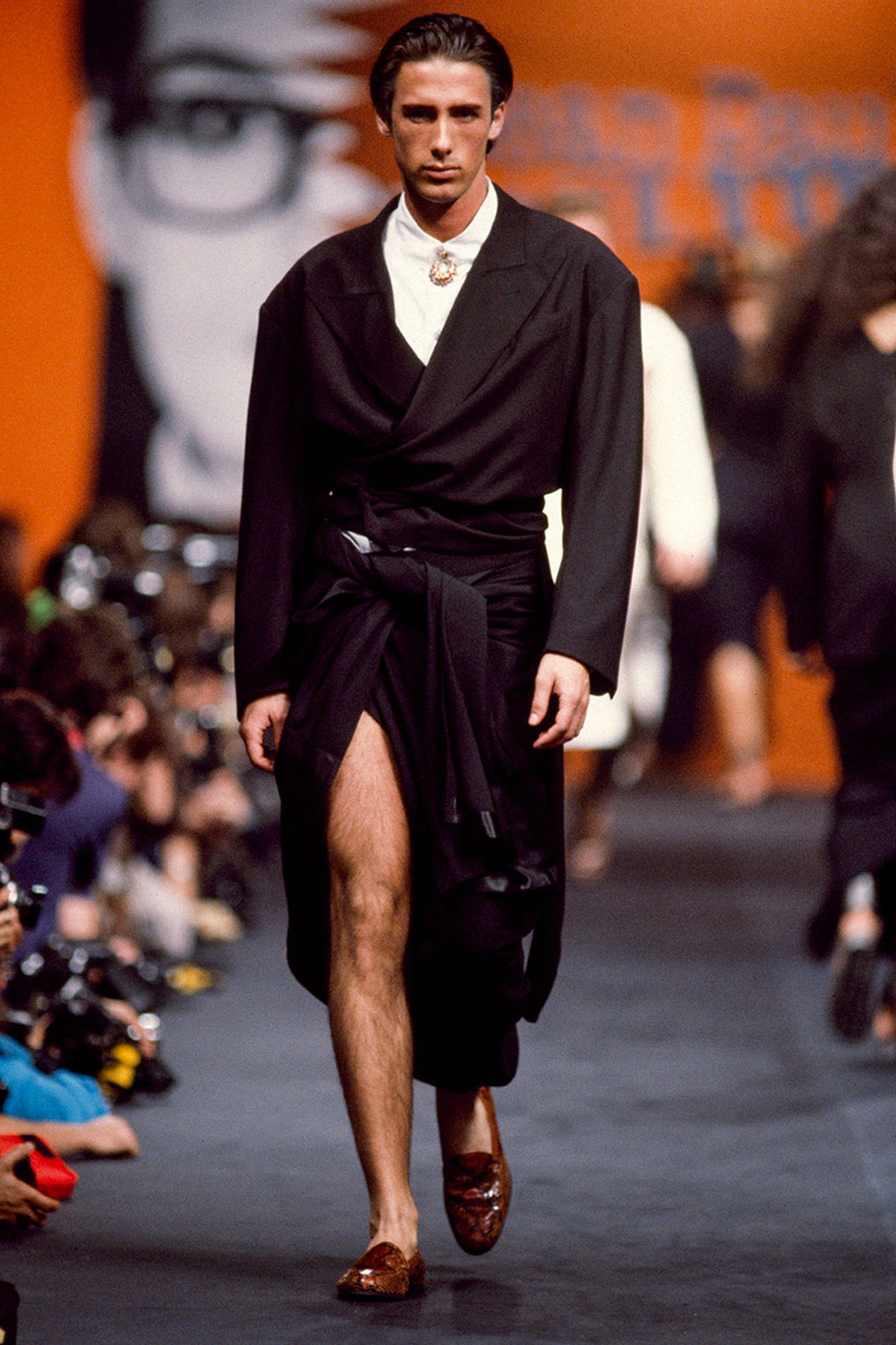 the-12-fashion-shows-that-changed-mens-fashion-jean-paul-gaultier-04