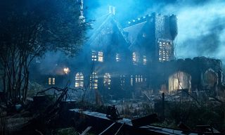 Critics Say 'The Haunting of Hill House' Is the First Great Horror TV Show Ever