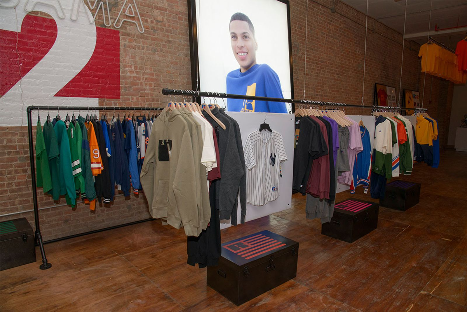 russell-athletic-nyc-pop-up-05