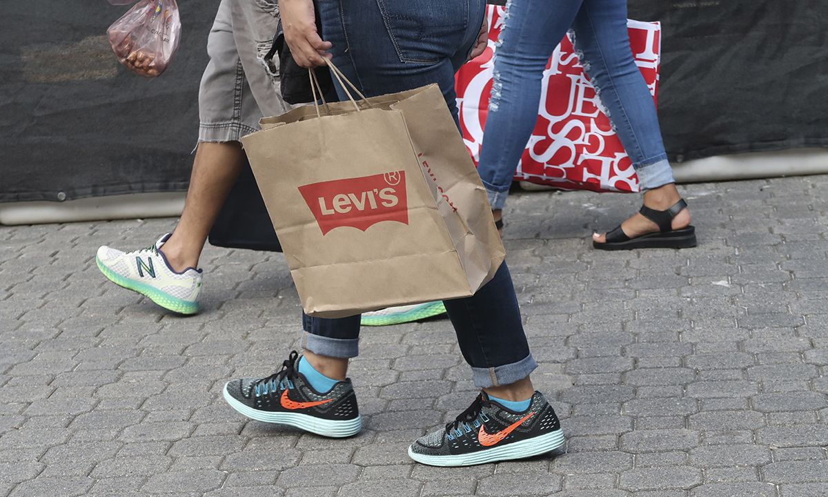 """Levi's to Reduce Water Use by 50% in """"High Stress"""" Areas"""