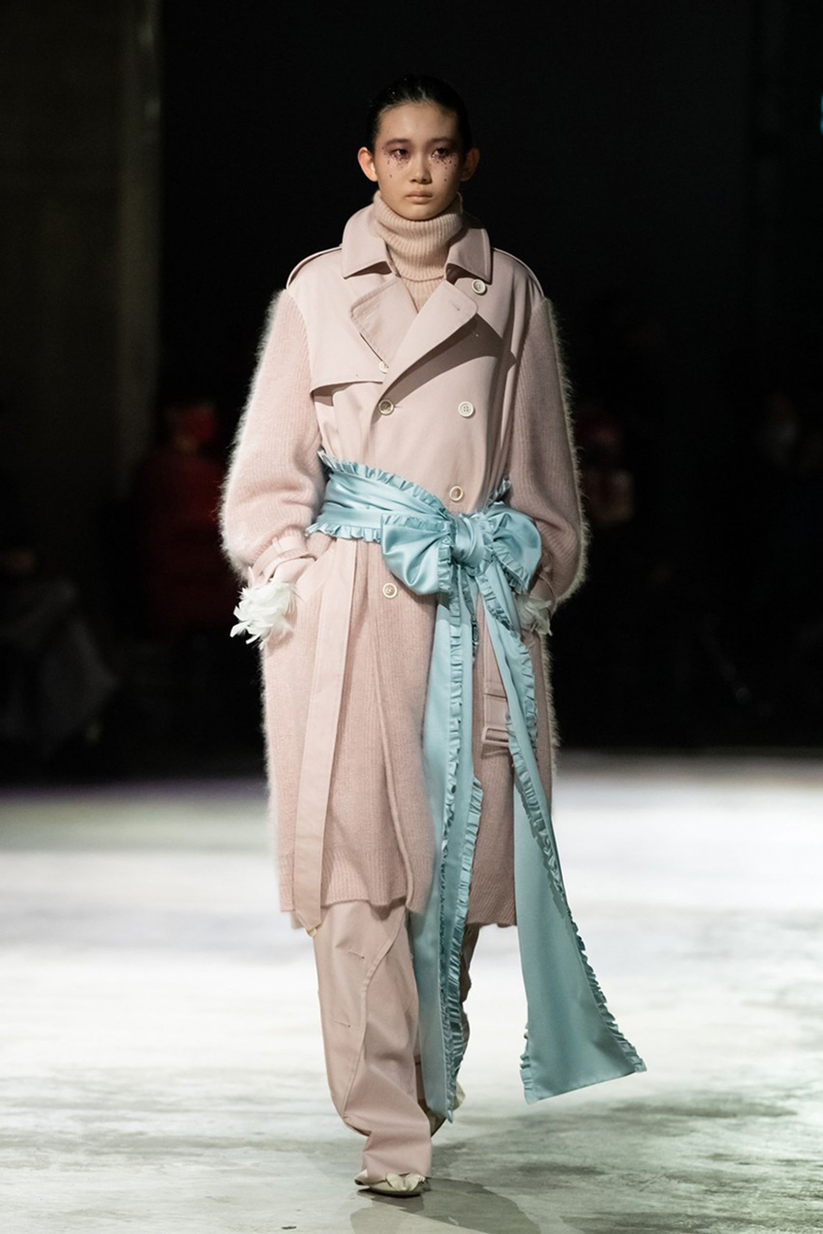 undercover-fw21-show-tokyo-fashion-week-13