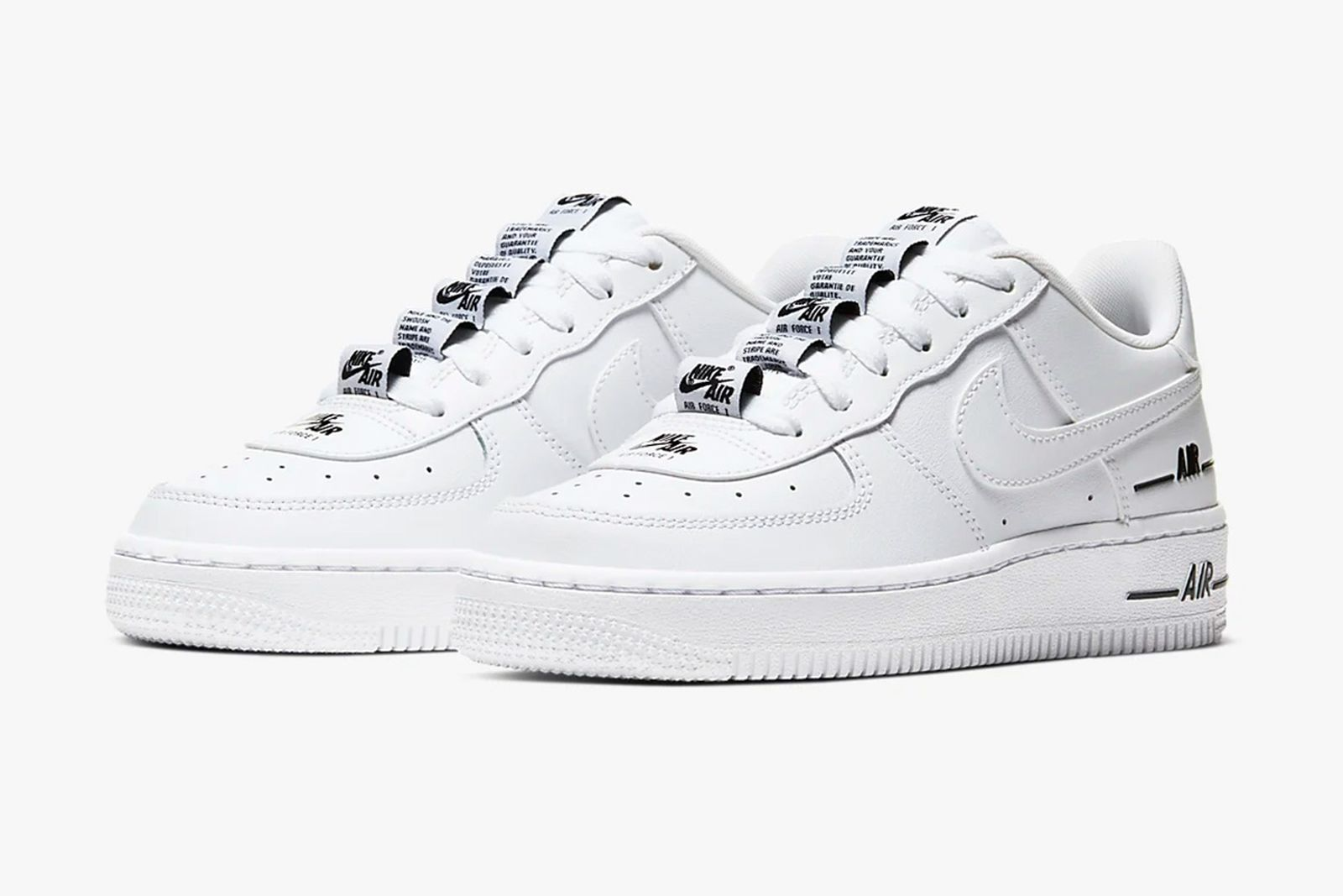 most-comfortable-sneakers-nike-air-force-1-lv8
