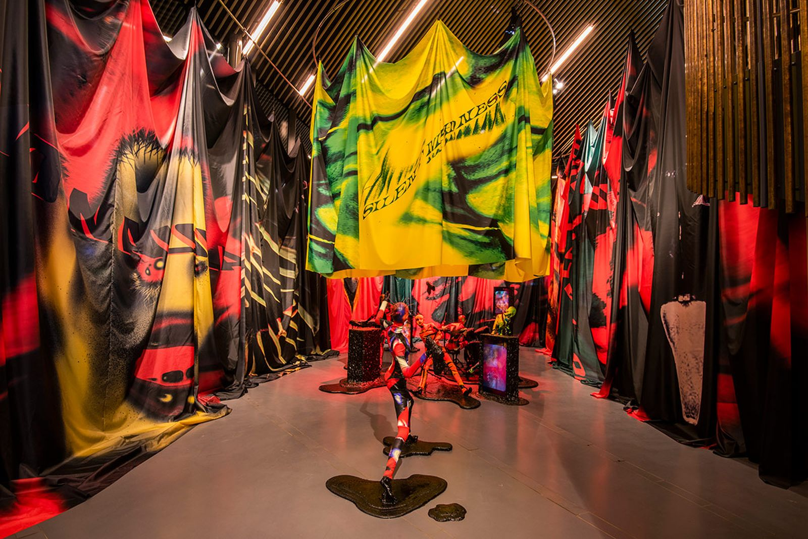 uk-designer-mowalola-exhibition-now-gallery-08