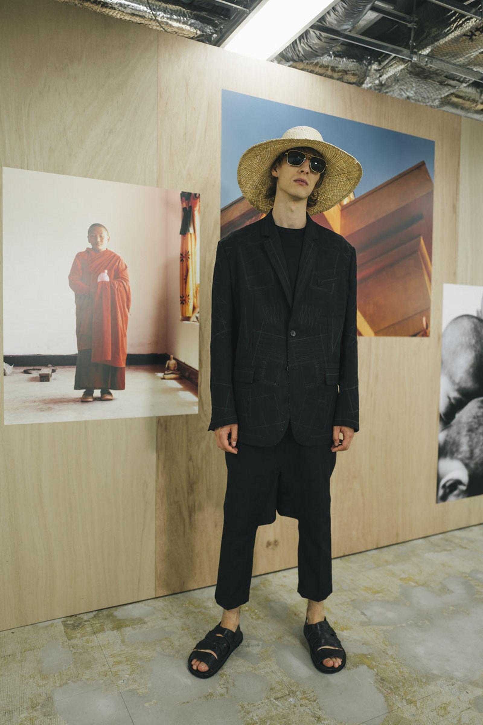 junya-watanabe-spring-summer-2022-collection-11