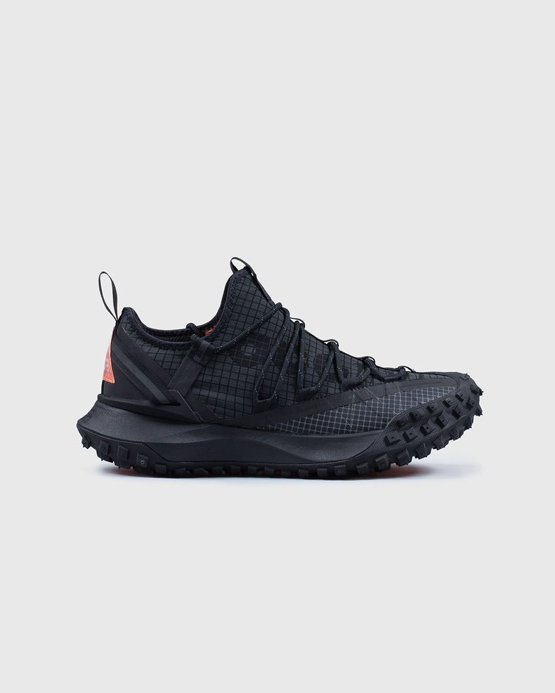 NIKE ACG - ACG MOUNTAIN FLY LOW ANTHRACITE