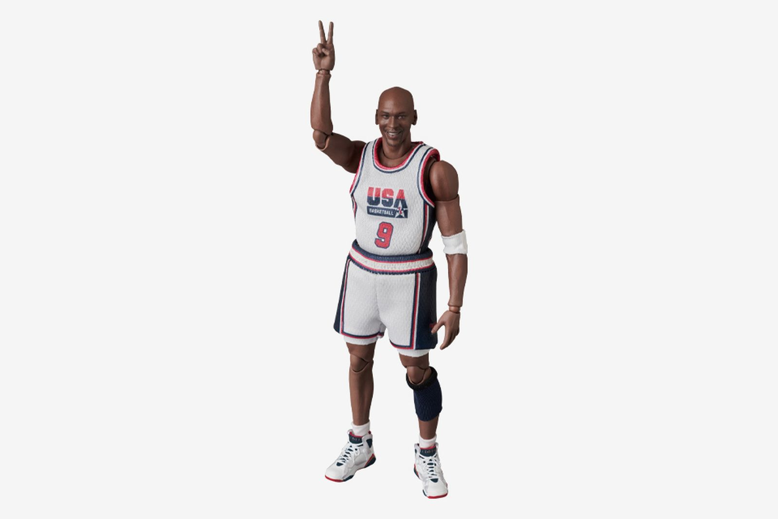 Medicom Toy Michael Jordan Dream Team Figure