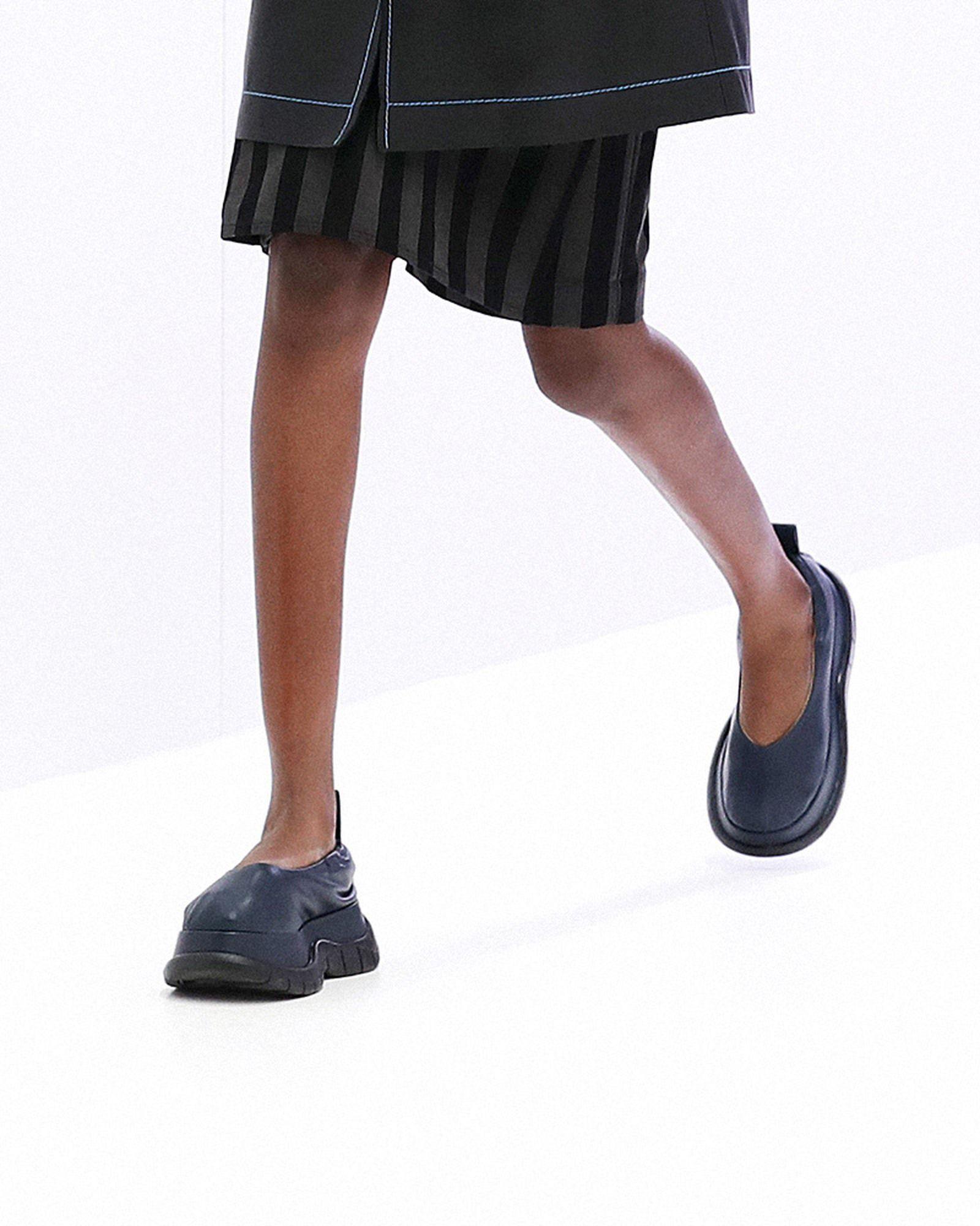 fashion-week-ss22-sneaker-roundup-11