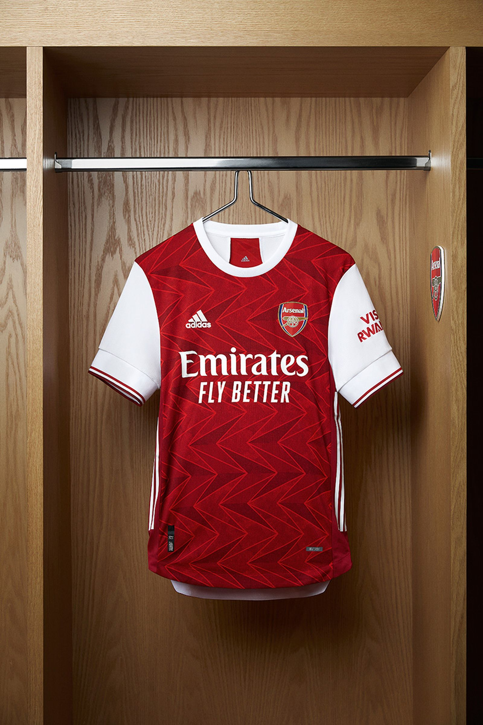 The Adidas Arsenal Home Kit 20 21 Is Super Wavy