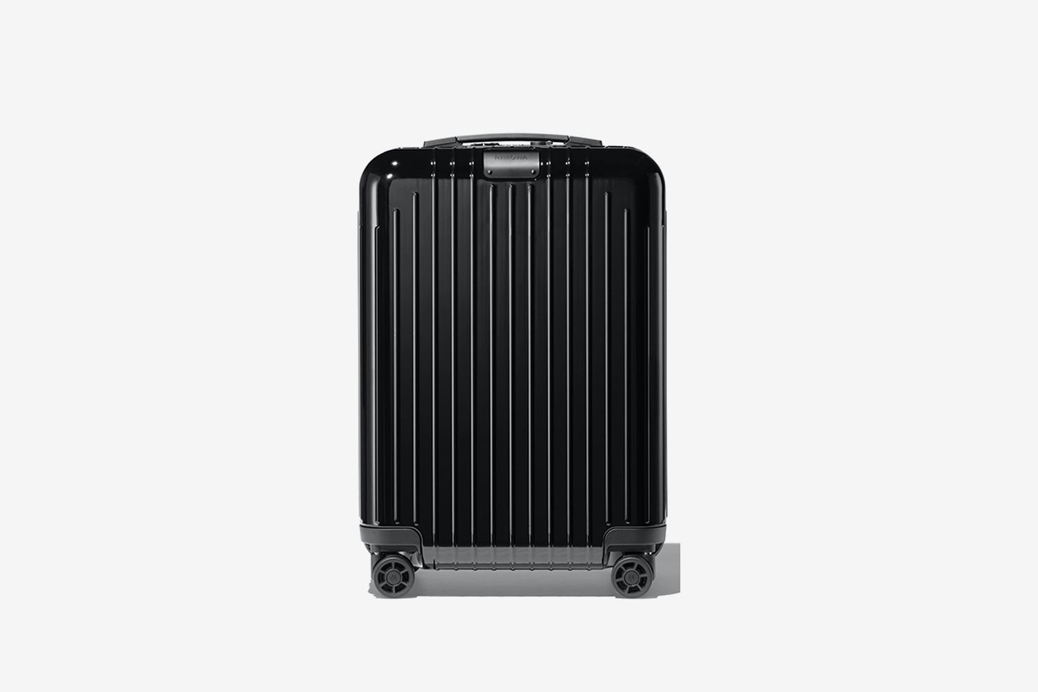 Essential Cabin Lite 22-Inch Packing Case