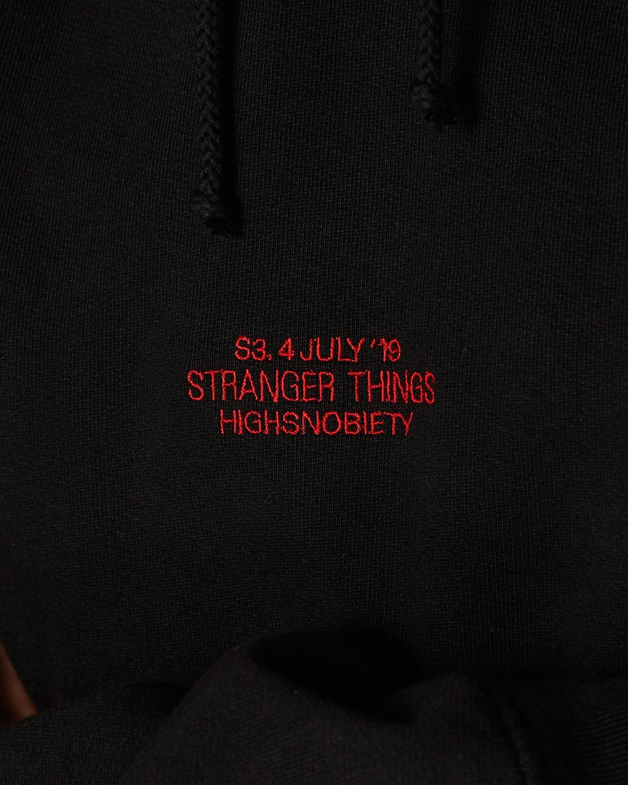 Stranger Things 3 x Highsnobiety Logo Hoodie - Black - Image 4