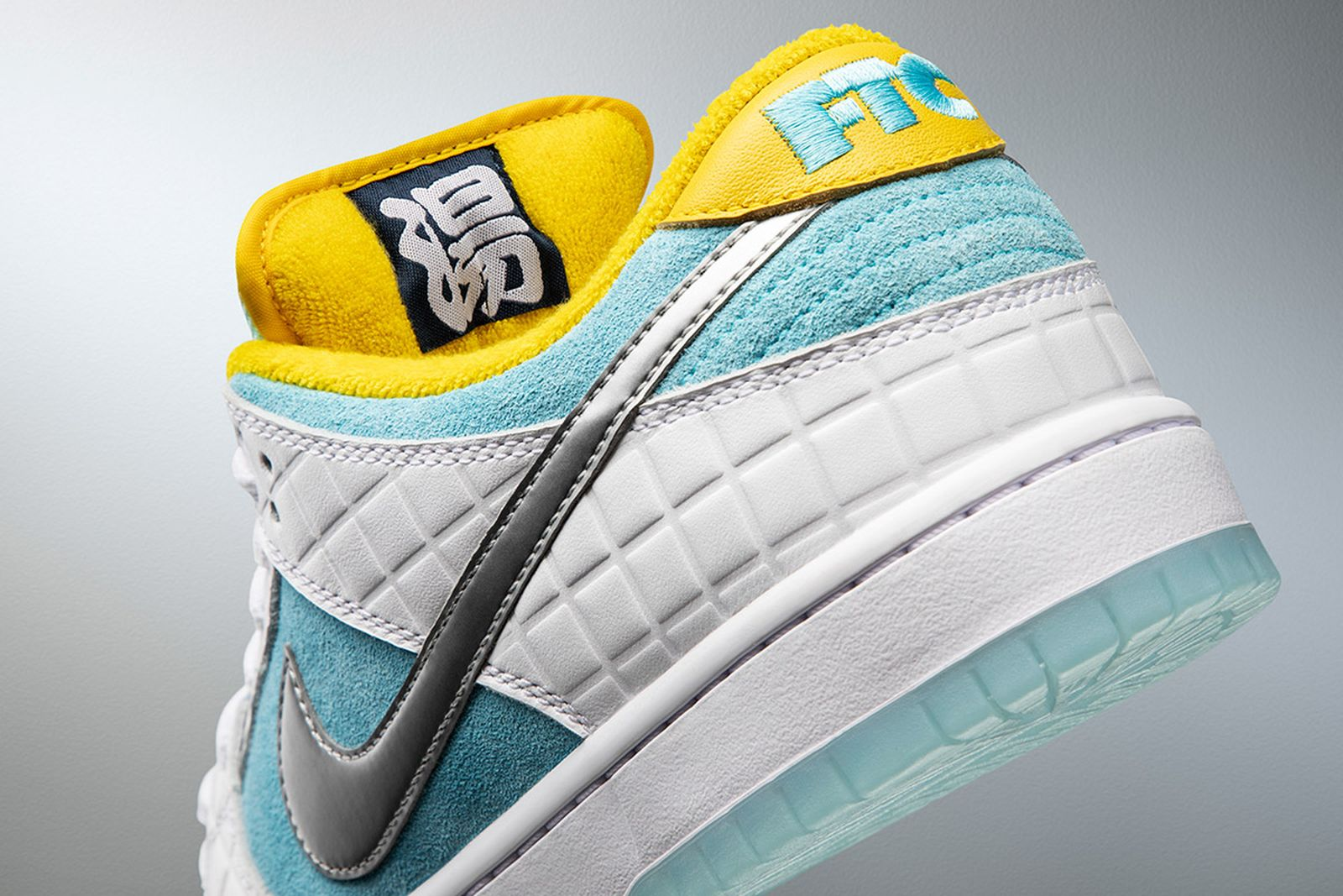 nike-sb-dunk-olympics-pack-release-date-price-07