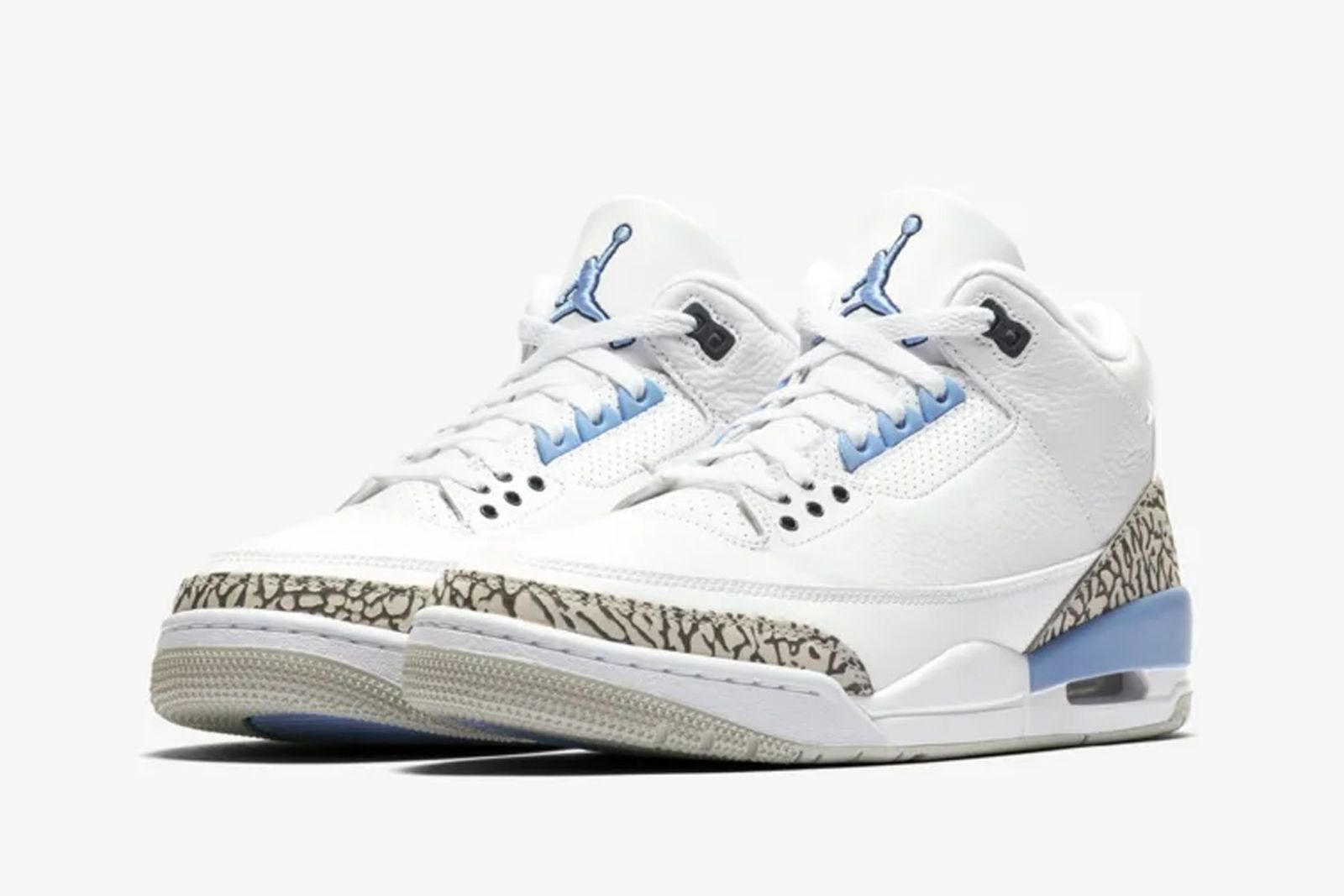 """Nike Air Jordan 3 """"UNC"""": Official Images & Where to Buy Tomorrow"""
