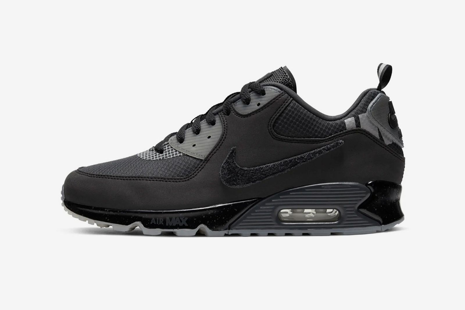 UNDEFEATED x Nike Air Max 90 Black