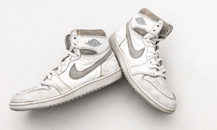 Birds-eye view of the Natural Grey Nike Air Jordan 1 from 1985