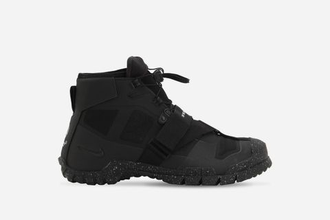 SFB Mountain Sneakers