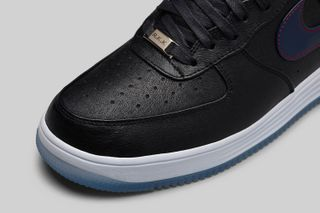 competitive price 5b4f8 05ba3 Nike to Release New England Patriots-Inspired Lunar Force 1s This ...