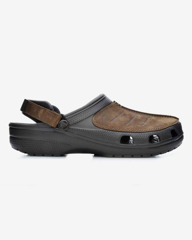 How Sandal Is Too Sandal? Our Editors Debate the Season's Dad-iest Sandals 37