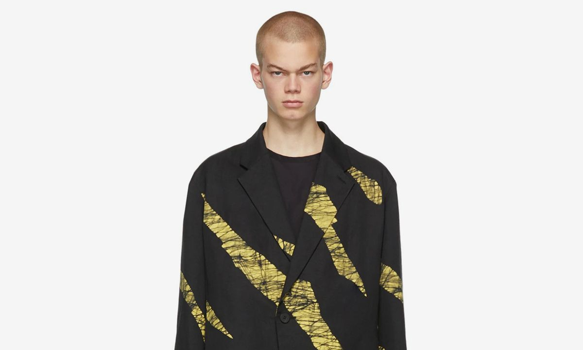 Issey Miyake FW19 Gives Modern Menswear Room to Breathe — Relax & Shop It Now