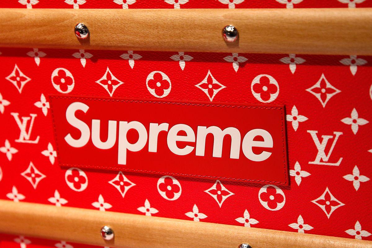 Louis Vuitton x Supreme Monogram Malle Courrier 90 Trunk