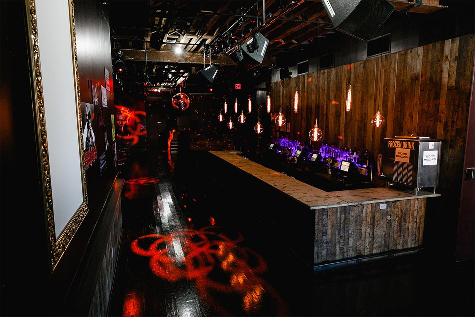 nyc music venues schimanski AMEX american express platinum new york