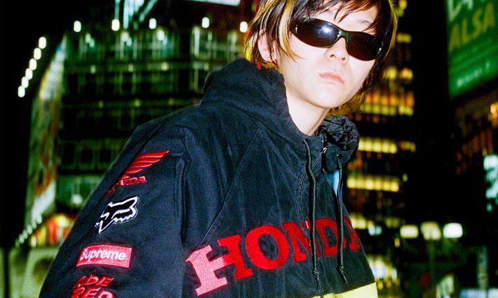 feat (8) Honda Supreme fox racing