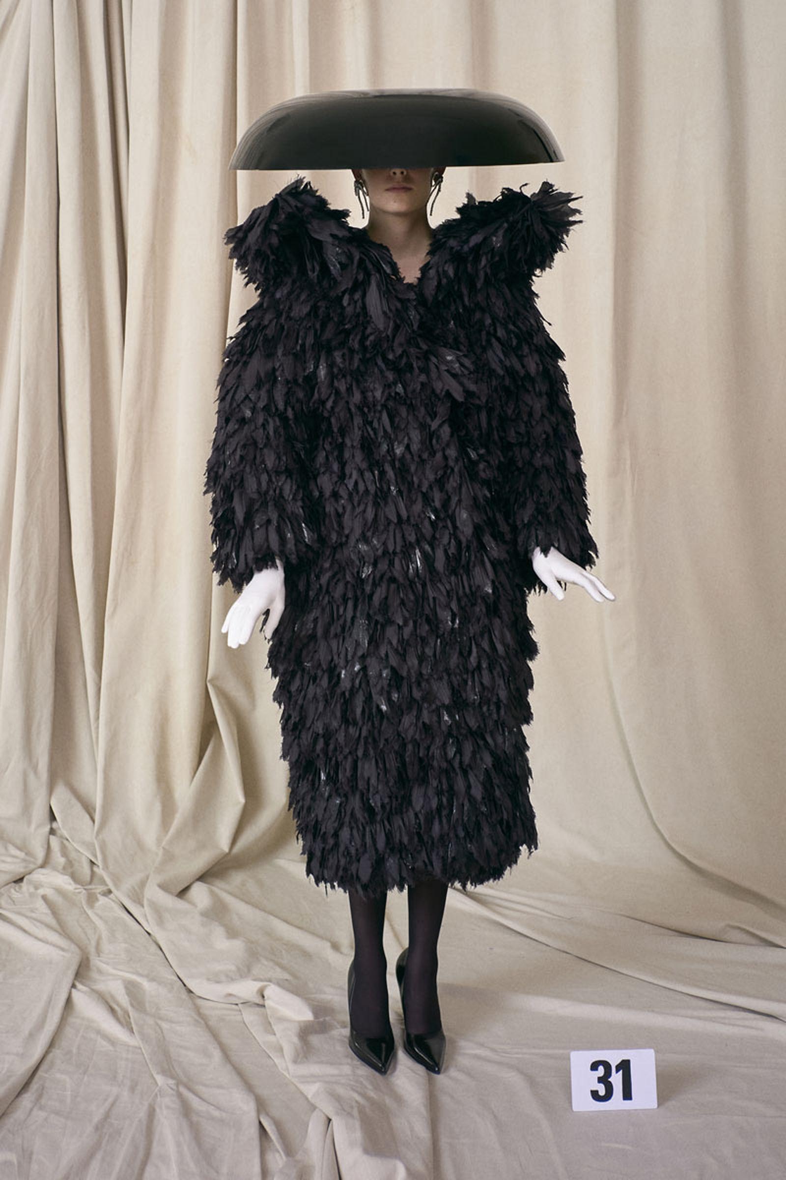 balenciaga-show-report-couture-28