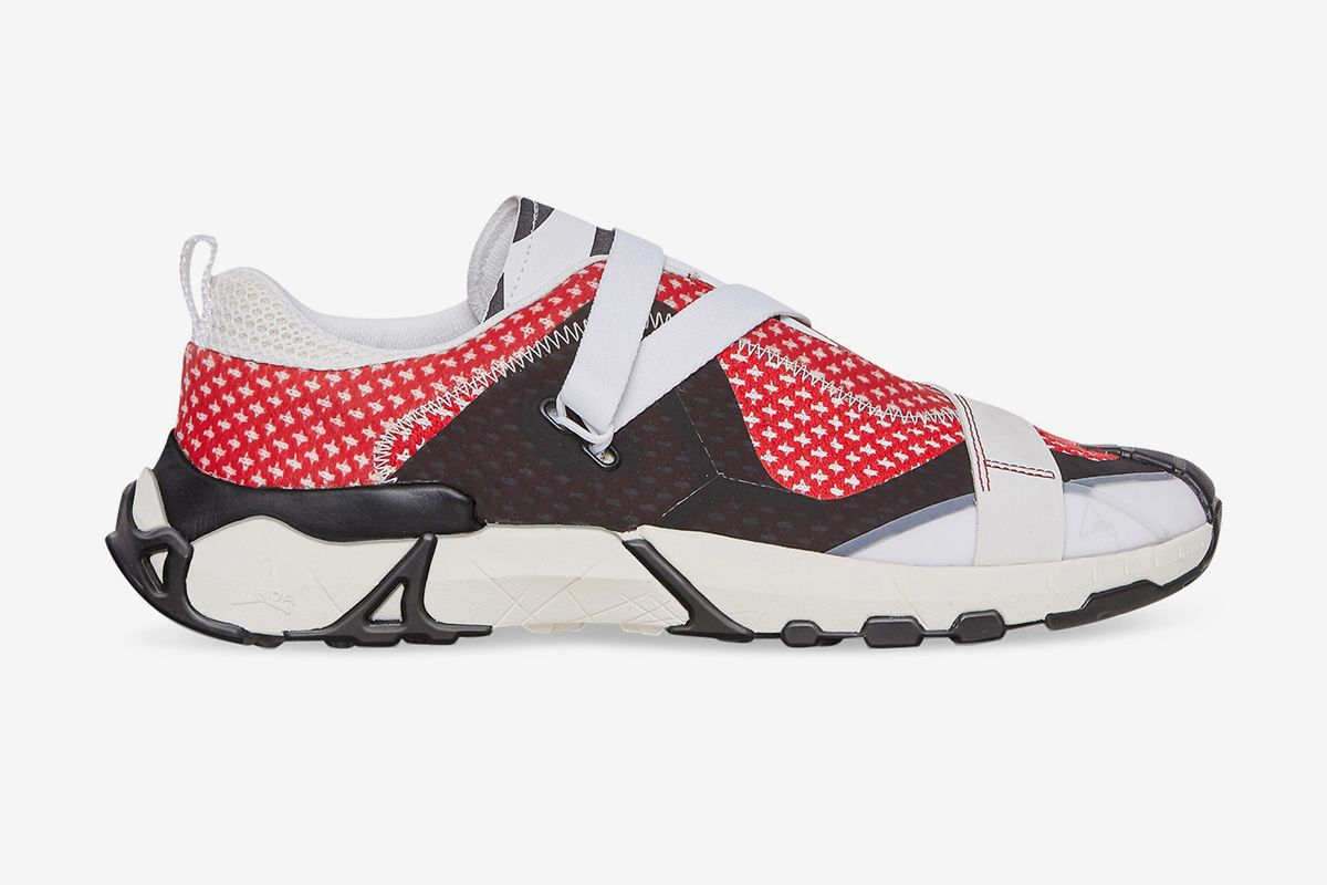 ROA's Banging New Slip-On Goes From the Streets to the Trails 71