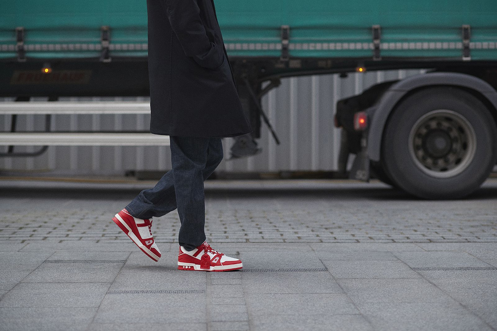 louis-vuitton-red-lv-trainer-release-date-price-01