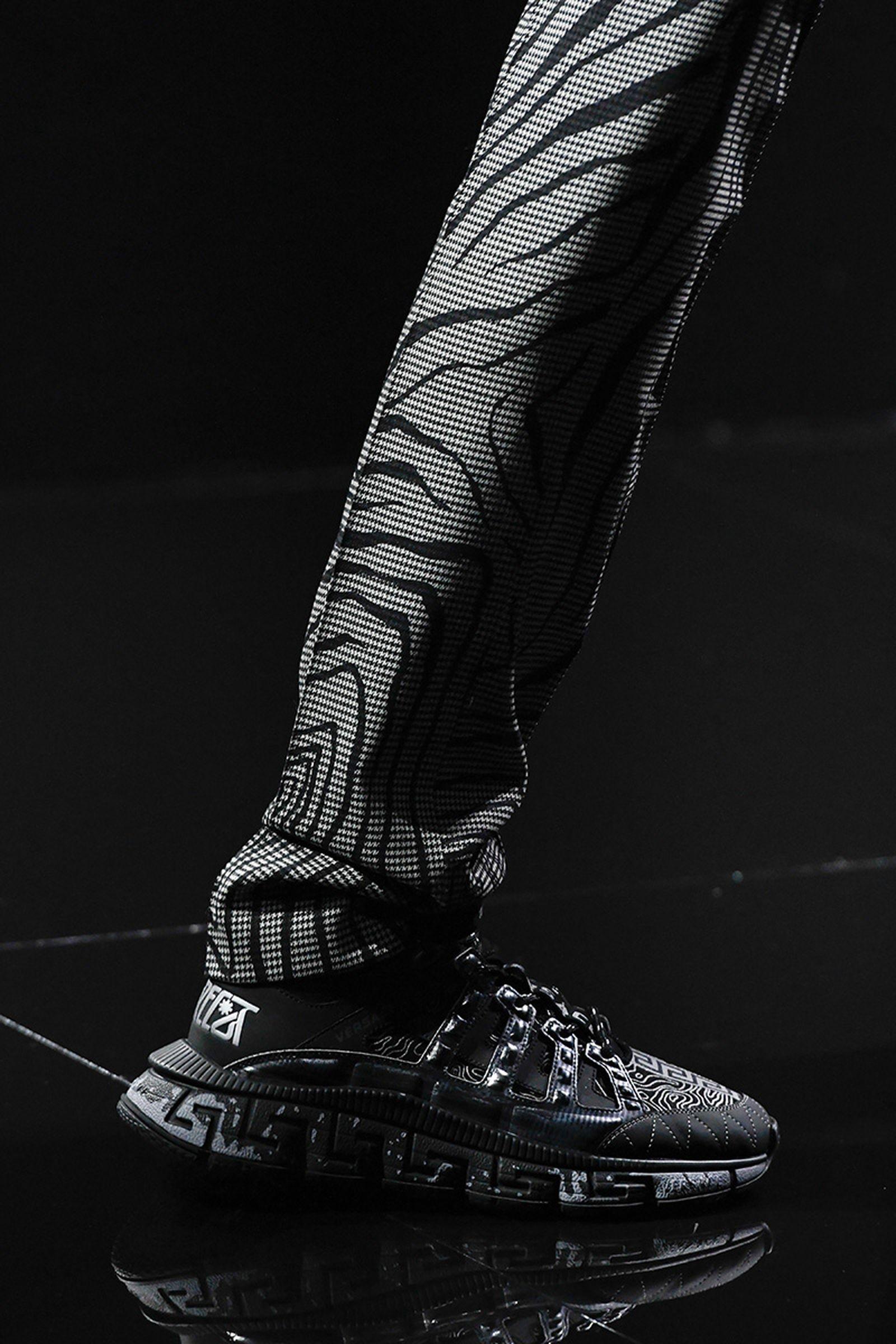 versace-trigreca-sneaker-release-date-price-fw20-01