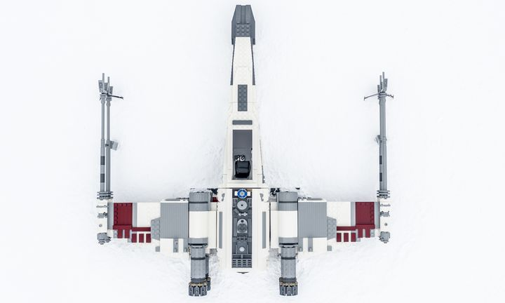 LEGO Star Wars X Wing feat Star Wars: The Rise of Skywalker