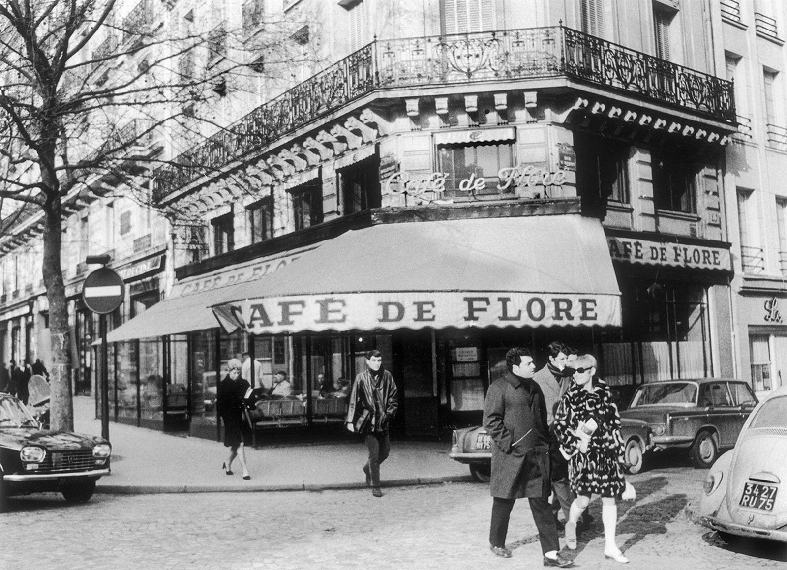cafe-de-flore-fashion-week-not-in-paris-archive-01