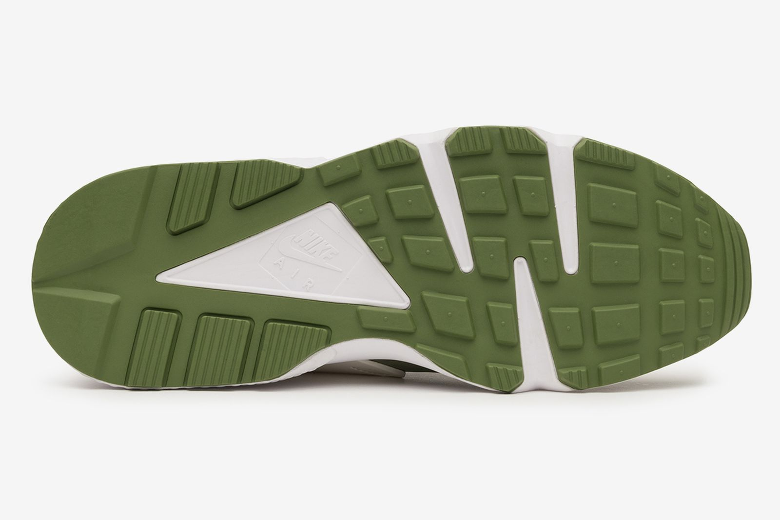 stussy-nike-huarache-le-ss21-release-date-price-1-18