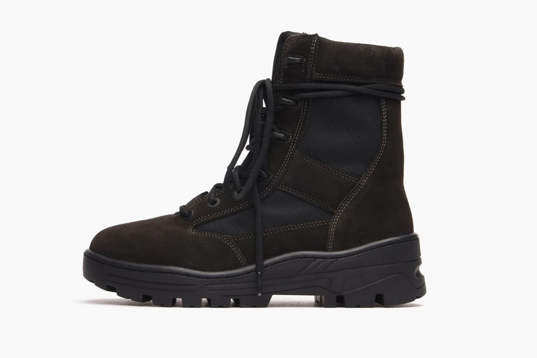 Combat boot light