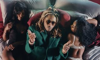 """Future Gives Us Aquaman Vibes With Underwater """"Goin Dummi"""" Video"""