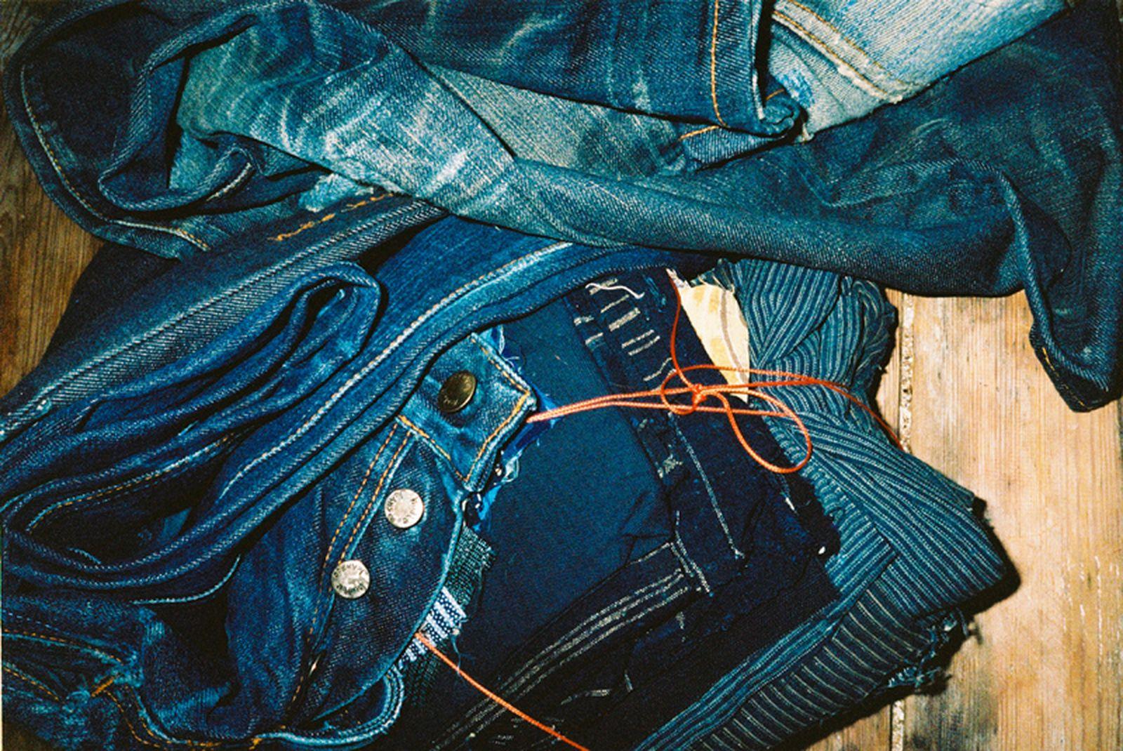 nudie-jeans-denim-repair-3
