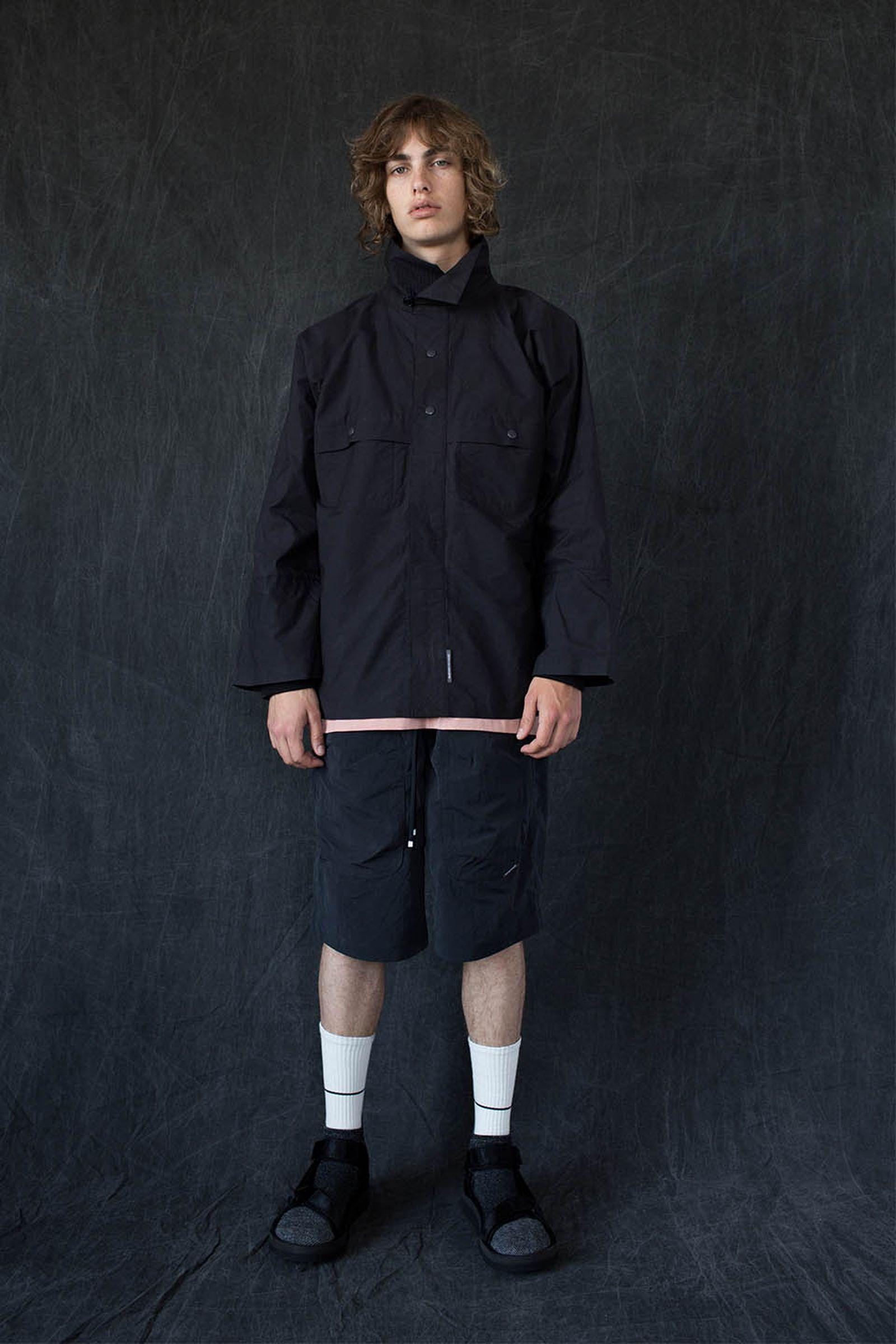 brandblack-tabi-sock-sandal-style-02