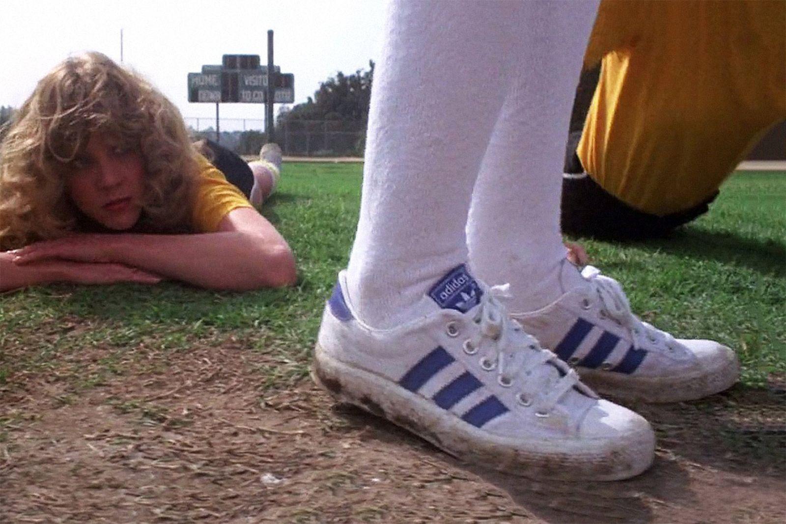 sneakers-in-horror-movies-06