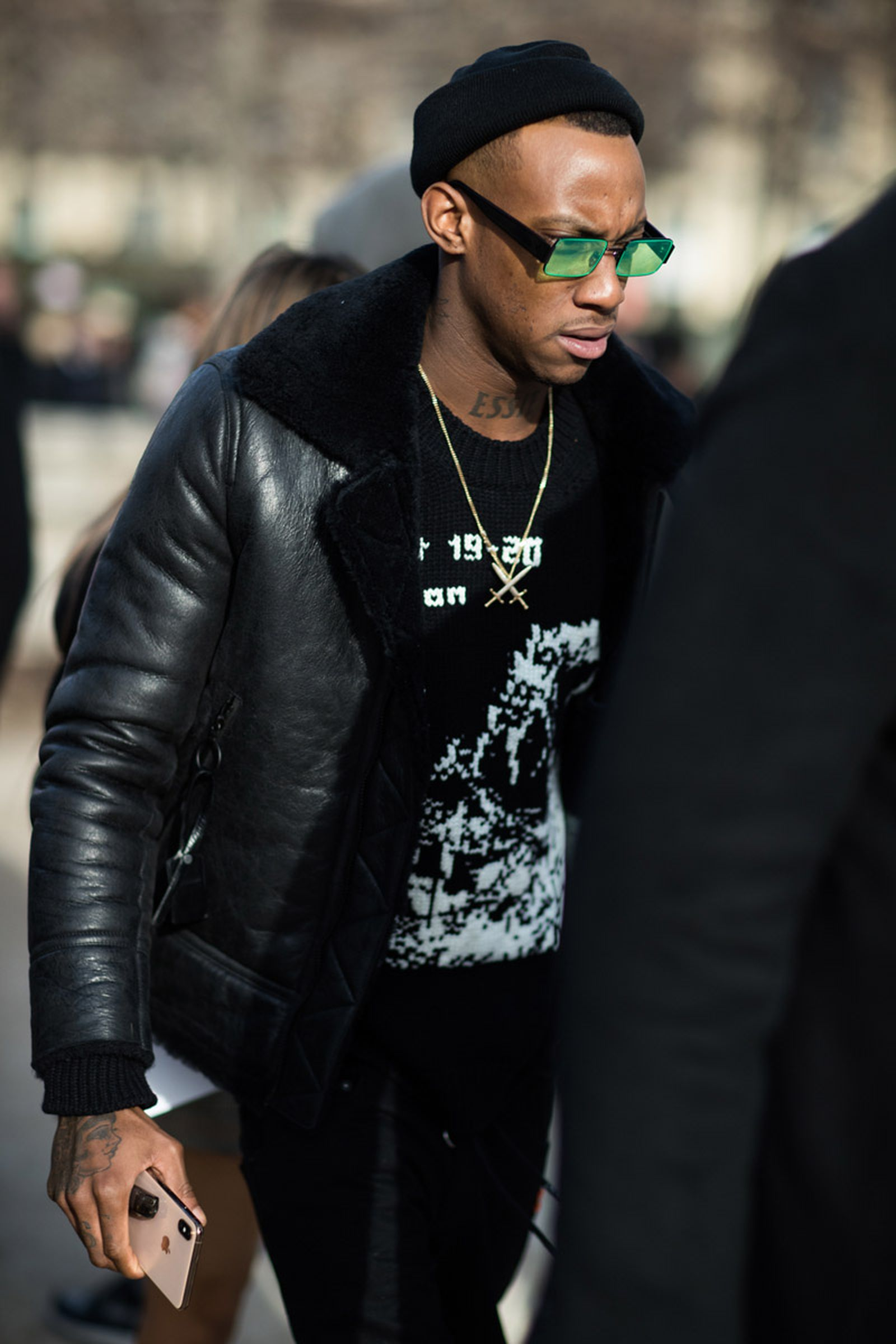 off white paris fashion week fw19 street style OFF-WHITE c/o Virgil Abloh pfw