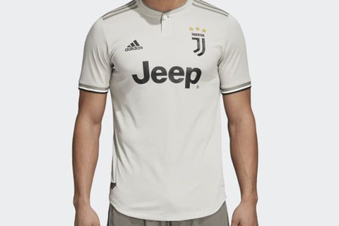 brand new f22e9 c3568 Juventus' Away Jersey Is Raising Football's Fashion Stakes