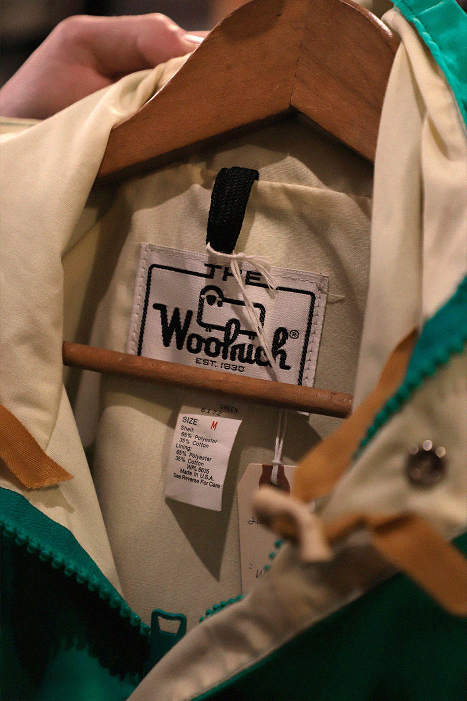 tokyo-best-vintage-store-guide-woolrich-sunstrap-02